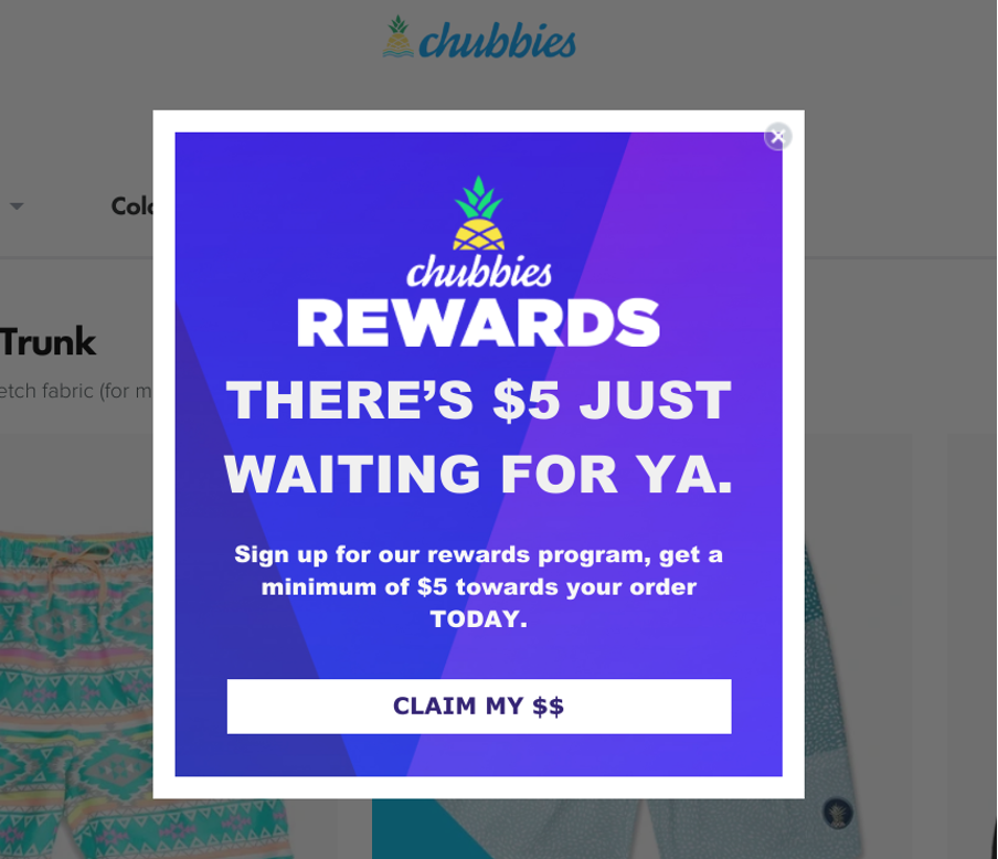 всплывающее окно от Chubbies в бело-синем цвете предлагающее 5 долларов на покупки