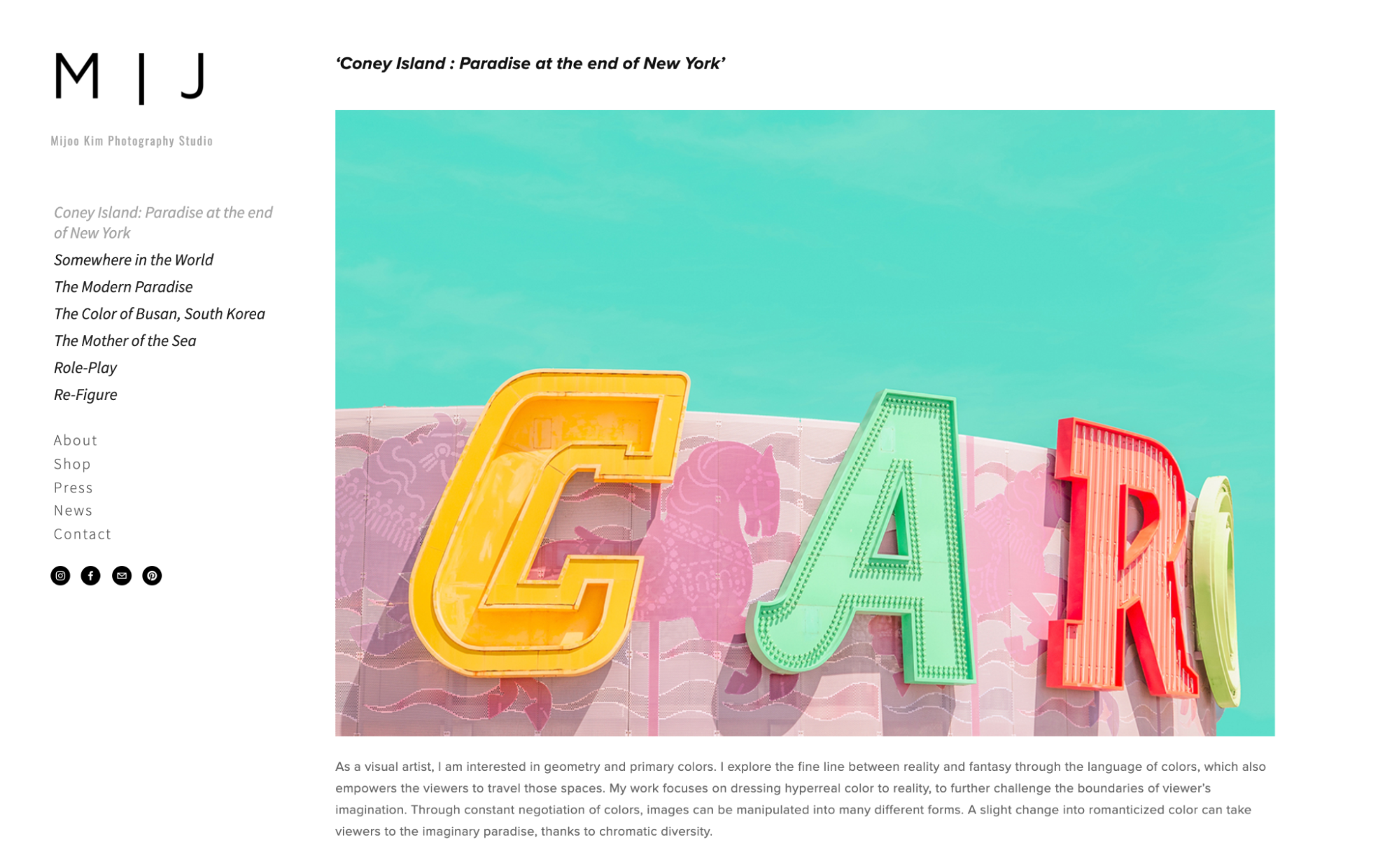 Example of a photography portfolio online.
