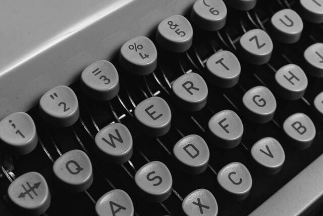 клавиши печатной машинки