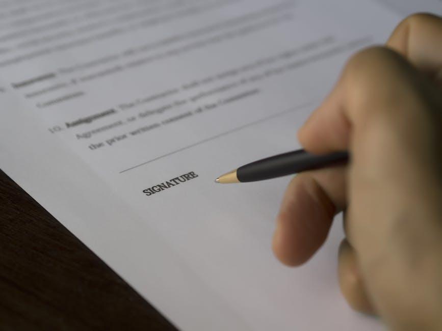 dlugopis-podpisywanie-umowy