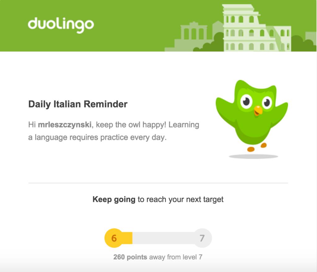 Емейл письмо от DuoLingo, в котором компания приглашает продолжить изучения языка и тем самым вовлекает студентов с самого начала обучения