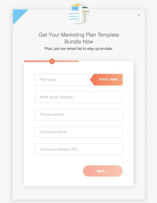Лид магнит в виде бесплатного маркетингового календаря с шаблонами