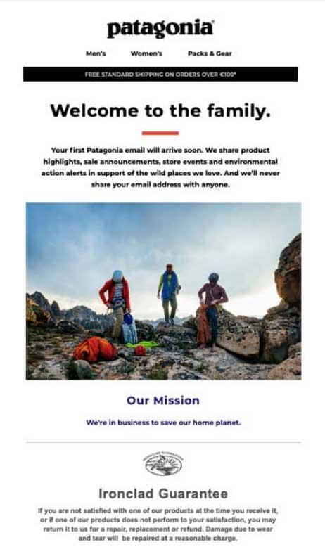 приветственная email-кампания от Patagonia с тремя спортсменами в горах на переднем плане
