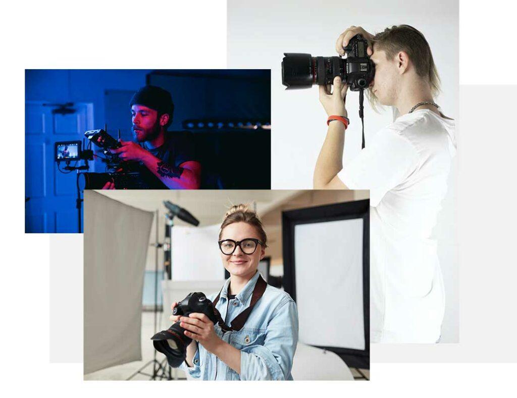 молодые фотографы с аппаратом в руках